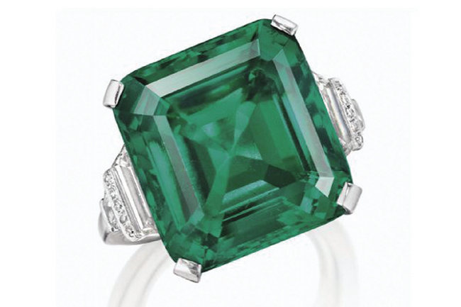 christies emerald 반지