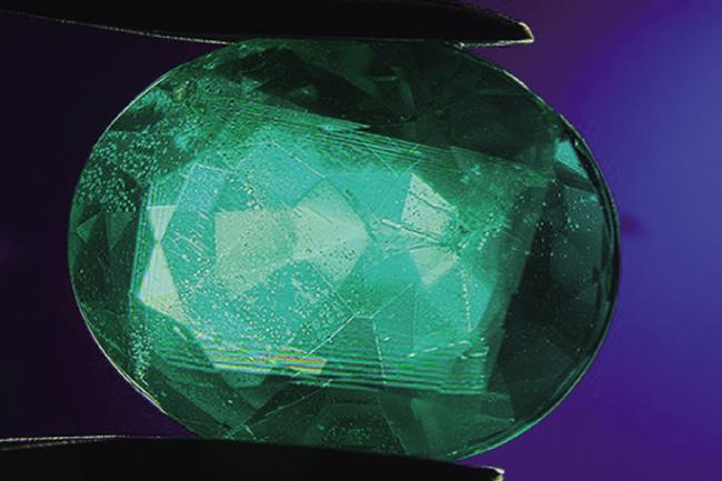 emerald 유리 이미테이션